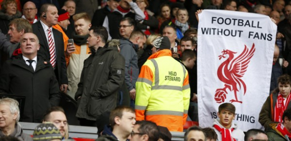 2016 Liverpool walk out 4746341